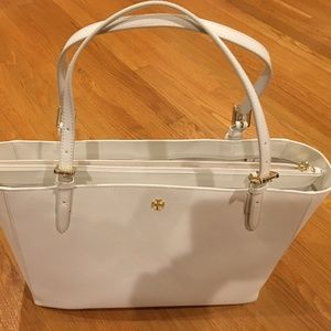 Tory Burch Emerson Buckle Tote New Ivory NWT NEW